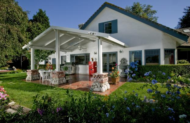 Samuelson Elitewood Solid Aluminum Insulated Patio Cover