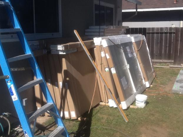 Series 230 Sun and Shade Sunroom / Progress / Material delivery