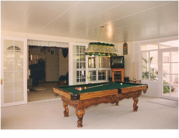 Four Seasons Garden Room - Game Room