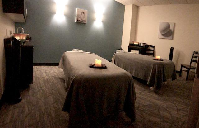 Couples Room - Hand & Stone Massage and Facial Spa - Redmond, WA
