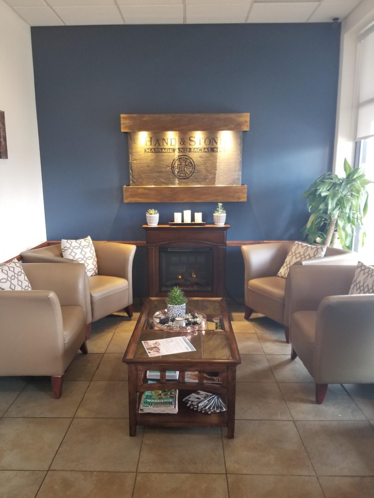 Start your relaxation in our cozy waiting area