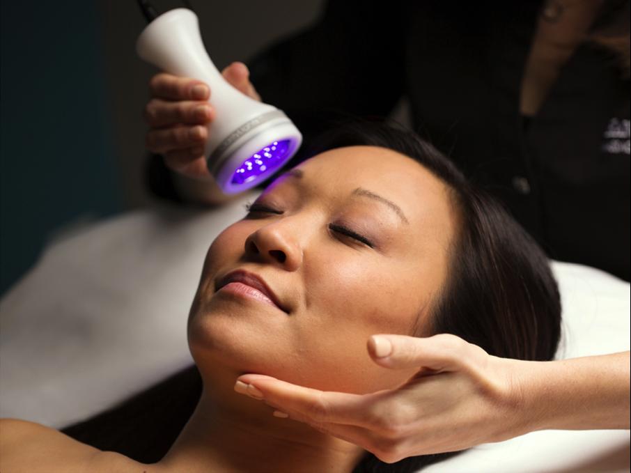 LED Skin Phototherapy Treatment