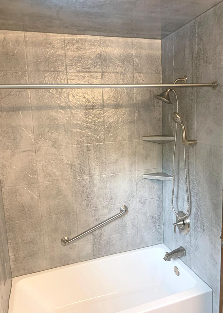 ReBath provides the best bathroom remodeling and renovation services in Omaha with amazing product choices and design solutions. Concrete is a popular contemporary bathroom design element nationwide, and we bring this element of design to Omaha with our DuraBath wall systems.