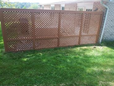 After photo of Stained Lattice Privacy Wall in Dallas