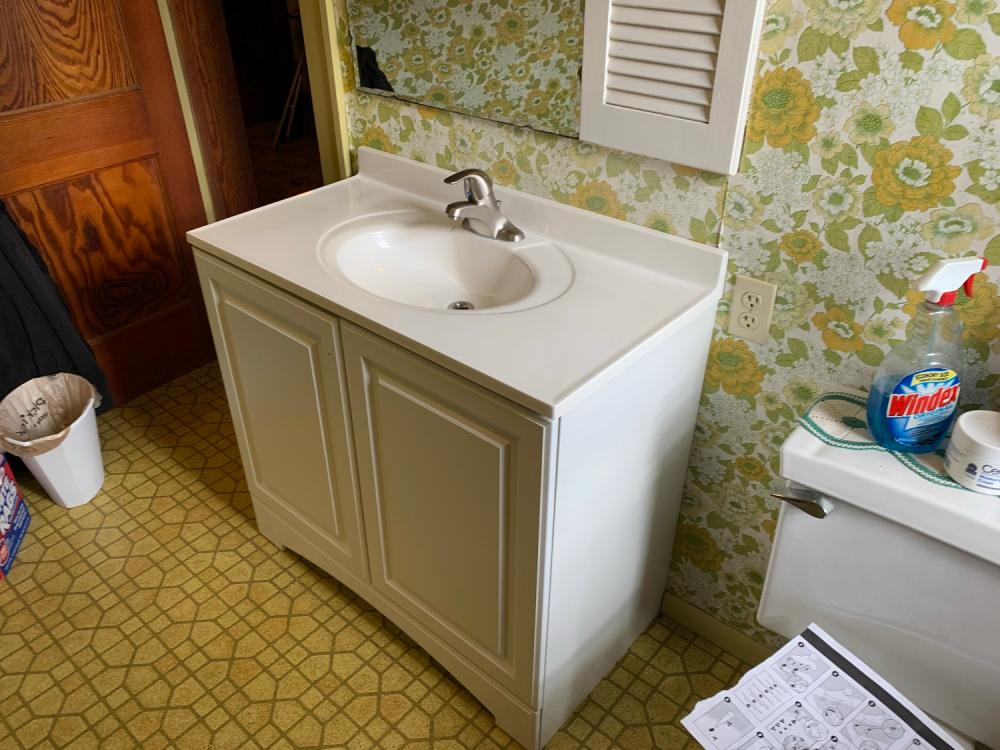 New bathroom vanity, sink, and faucet in Waukesha Wisconsin