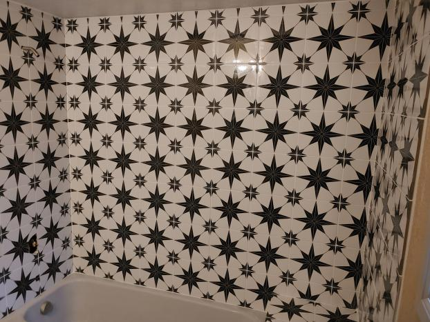 Shower wall tile replacement, Everett