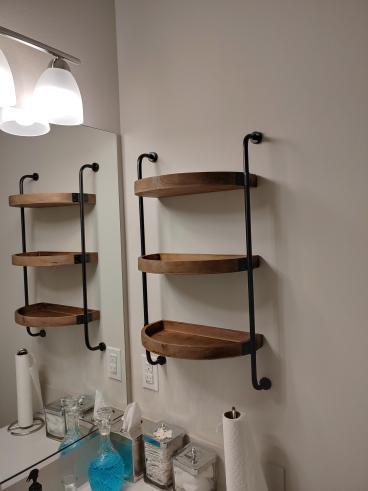 Bathroom shelf, Stanwood