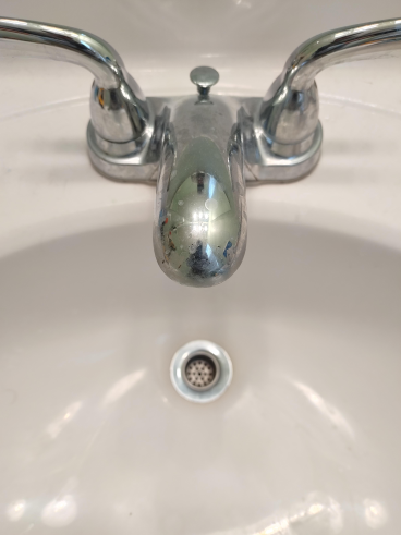 Bathroom Sink Before Stopper Replaced