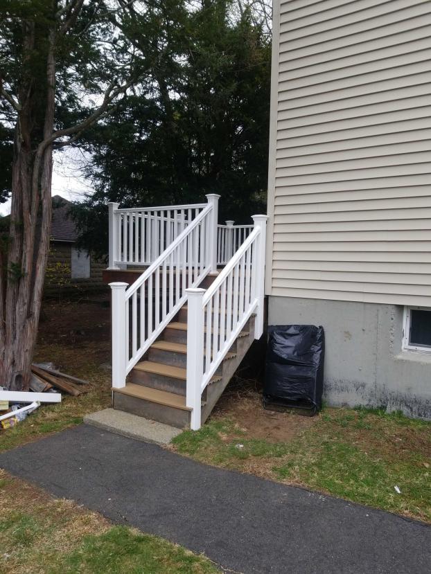 Framingham Deck Make-over After (3)