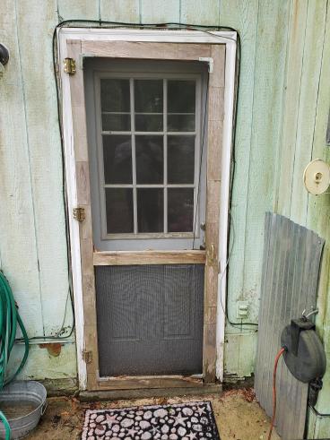 Screen Door installation in Tallahassee