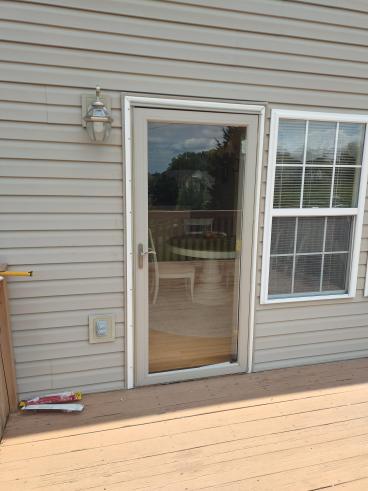 Storm Door Repair Complete