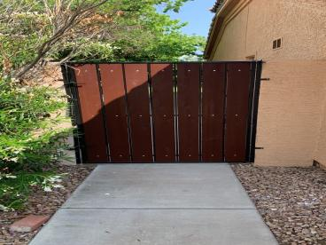 Staining of exterior gate