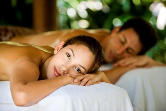 Couples massage in Mill Creek