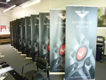 Vorsteiner Retractable Banner Stands