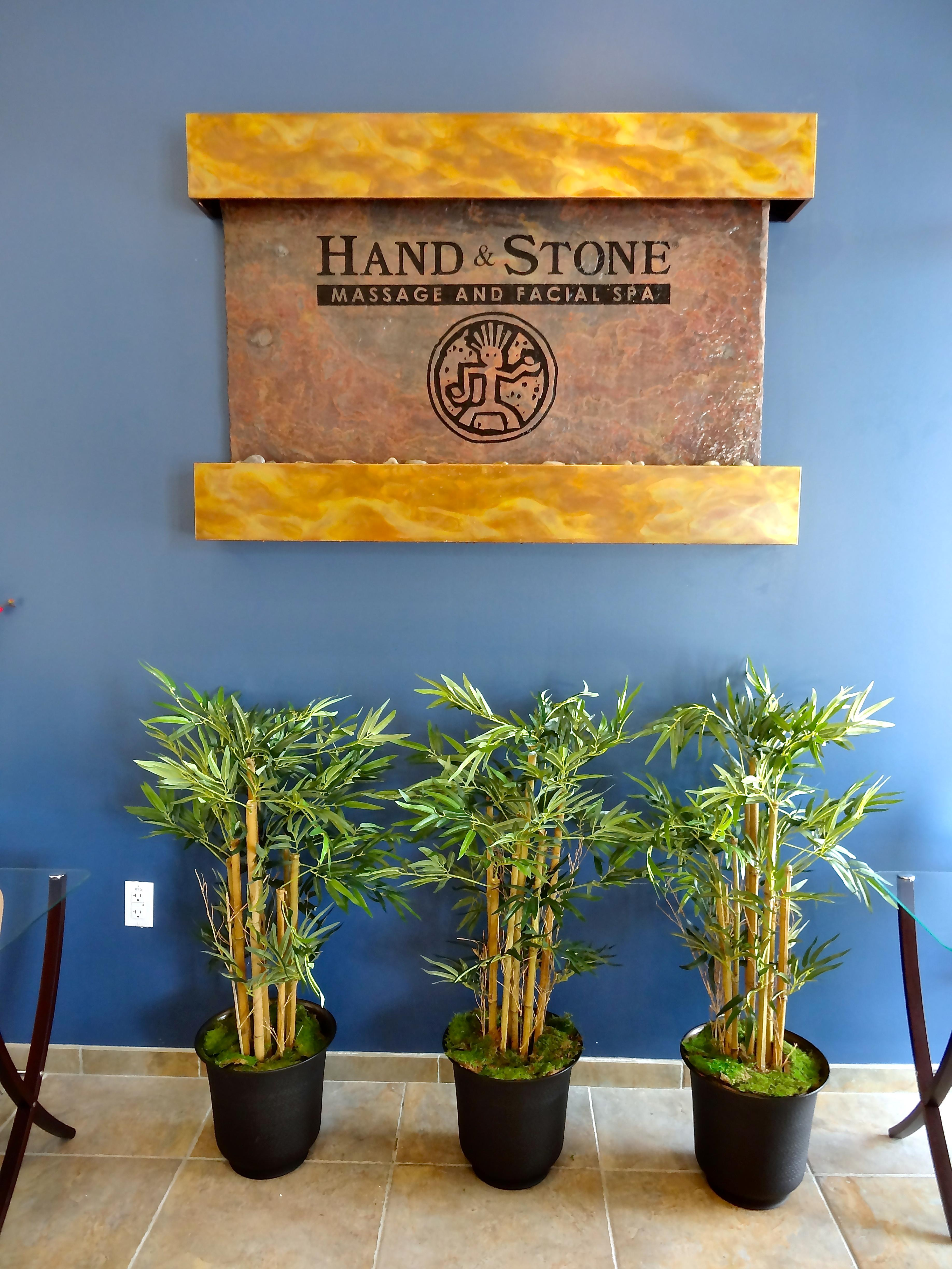 New Hand and Stone Massage and Facial Spa in Lakewood