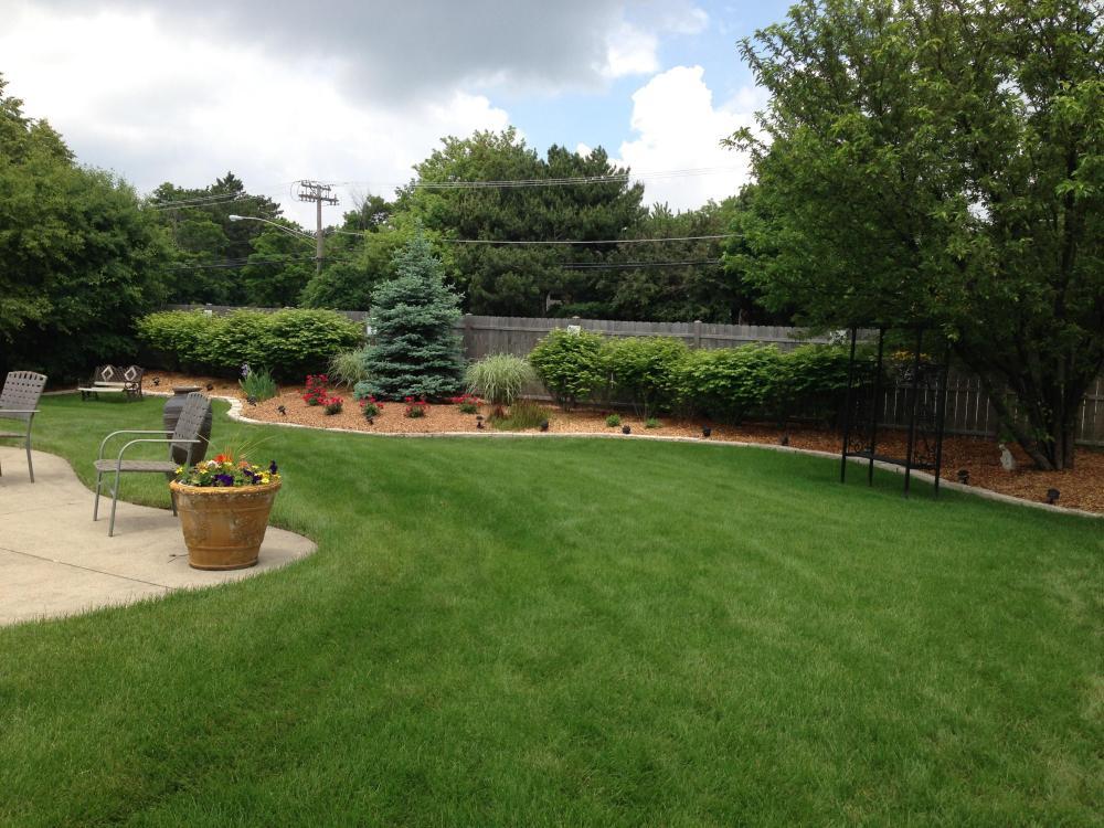 Landscaper in Arlington Heights, IL 60004 | Landscape Maintenance &  Installation | Bob Leonard's Landscape & Snowplow Service - Landscaper In Arlington Heights, IL 60004 Landscape Maintenance