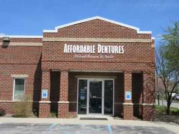 Affordable Dentures in Toledo