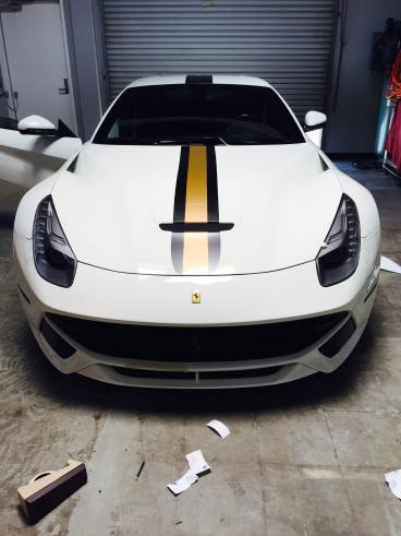 Custom Stripe Decal for Ferrari F12