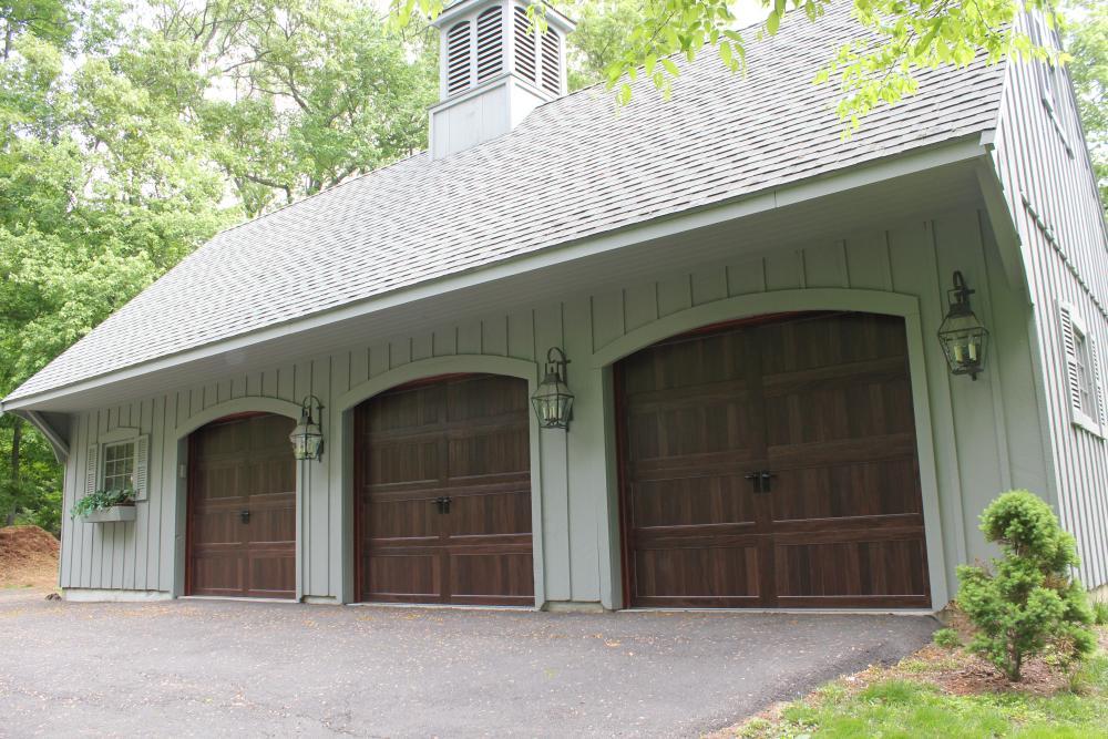 Garage Door Supplier | Ridgefield Overhead Doors LLC | Ridgefield, CT 06877