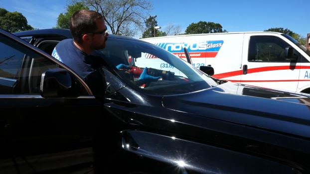 Cutting out windshield of GMC Terrain