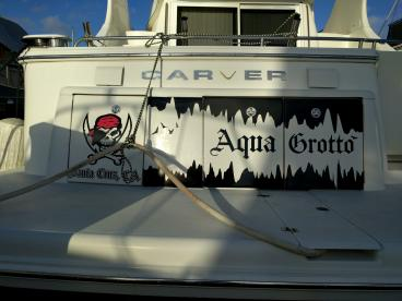 Yacht graphics